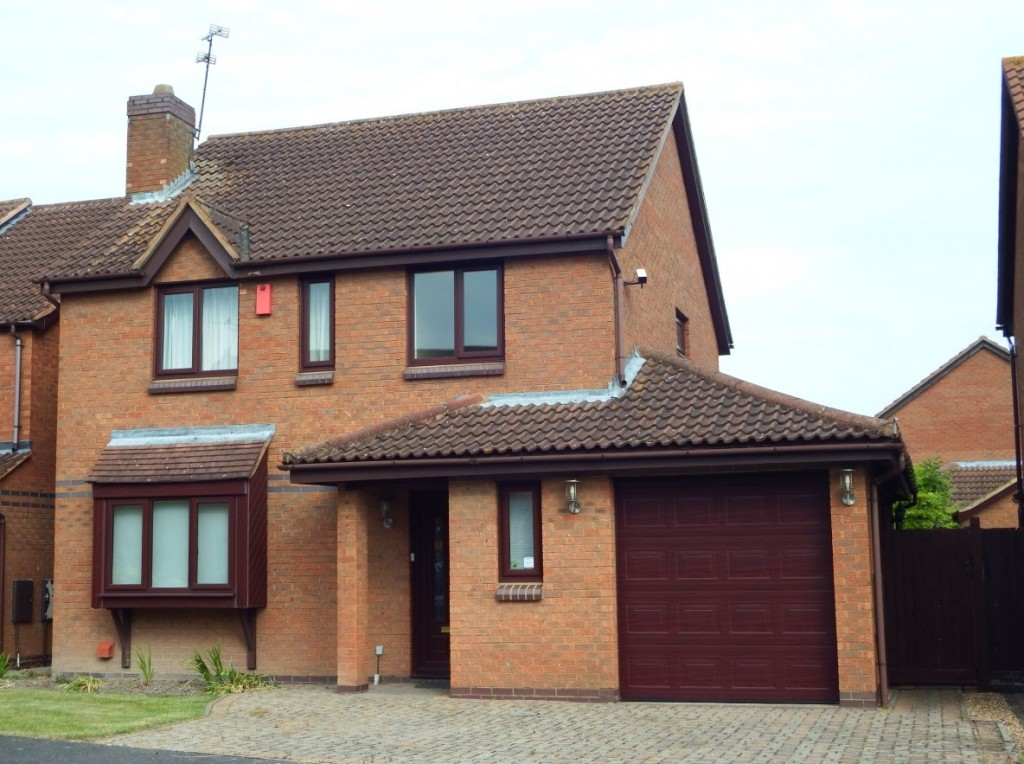 4 Bed roomed Detached in Buckinghamshire