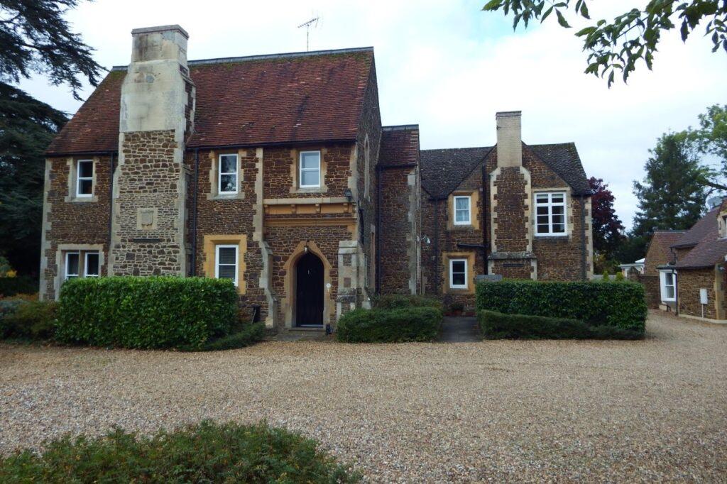 Leighton Buzzard House