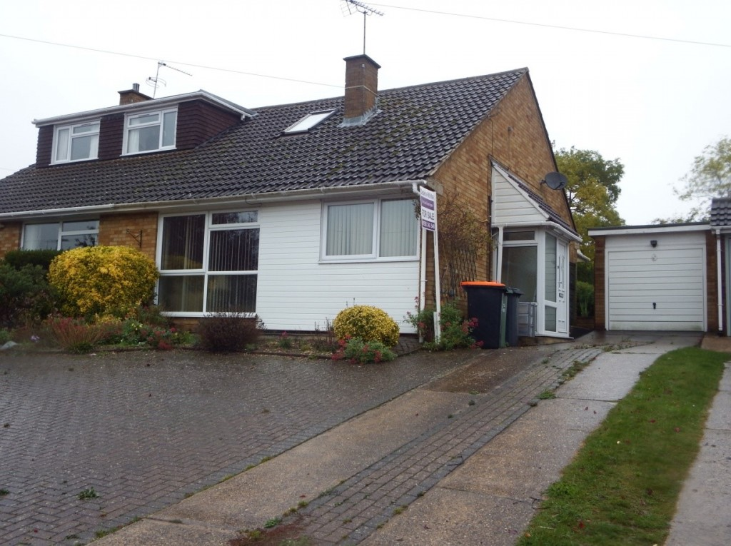 Semi Detached house dunstable