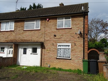 7 - 3 Bedroomed Semi in Luton