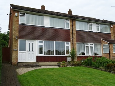8 - 3 Bedroomed crosswall semi in Caddington
