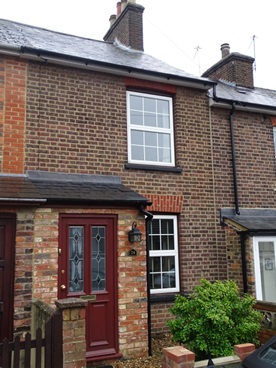 Boxmoor 2 Bedroomed Victorian Terraced Cottage
