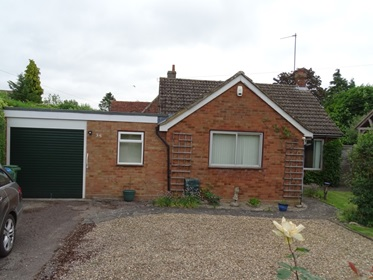 2 Bedroomed Detached Bungalow Edlesborough